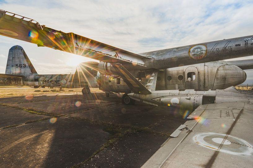 Vliegtuigen in de Zon van Perry Wiertz
