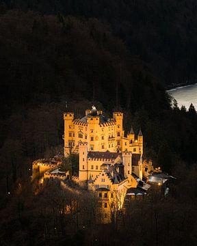 Schloss Hohenschwangau beleuchtet