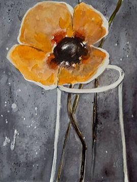 Gelber Mohn in Vase von Christine Nöhmeier