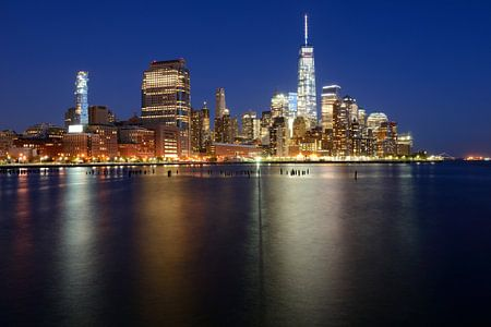 Manhattan Skyline in de avond