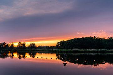 Zonsondergang. Voorschoten van Carla Matthee