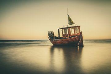 Fischkutter auf dem Meer von Skyze Photography by André Stein