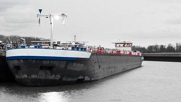 Binnenvaart Tanker van JWB Fotografie