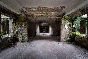 Korridor im verlassenen Kurort.