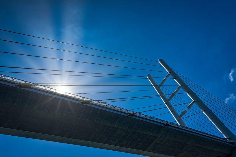 Rügenbrücke verbindt Rügen met het vaste land van Rietje Bulthuis
