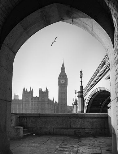 Palace of Westminister with perspective van