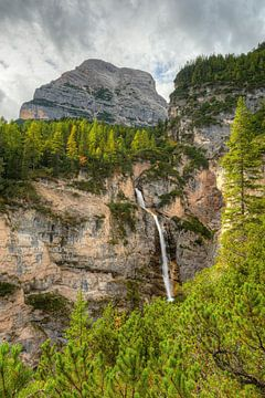 Fanes waterval in de Dolomieten van Michael Valjak