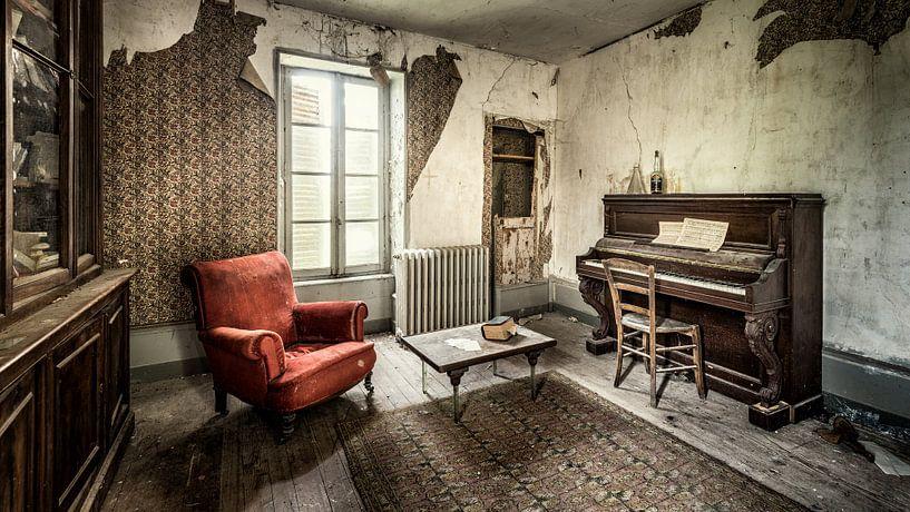 Urbex fotografie in een verlaten kasteel in de Auvergne Frankrijk van Keesnan Dogger Fotografie