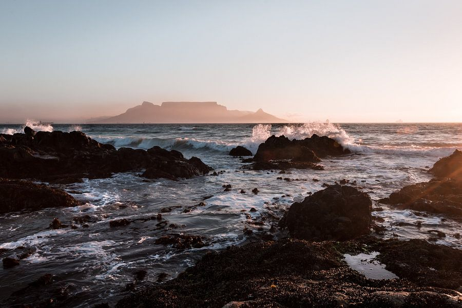 Table Mountain from Bloubergstrand, Cape Town van Mark Wijsman