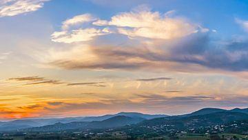 Zonsondergang aan de Franse Riviera van