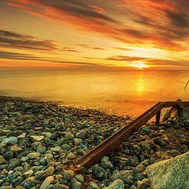 Sonnenuntergang am Strand auf Rügen von Frank Herrmann