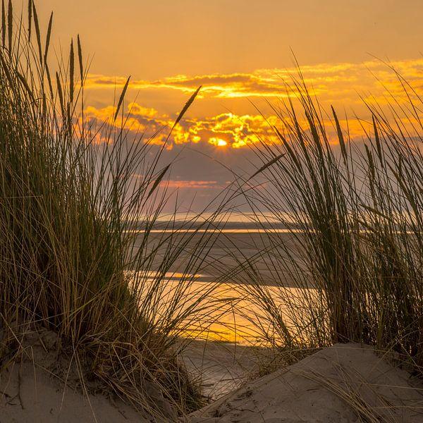 Sunset beach Ameland von Waterpieper Fotografie