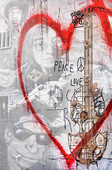Love & Peace van Joachim G. Pinkawa