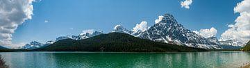 Panorama van Waterfowl Lakes in de Canadese Rocky Mountains van Marc Molenaar