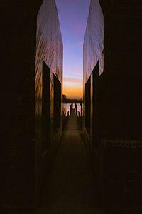 Doorgezaagde bunker, zonsopkomst van Nynke Altenburg