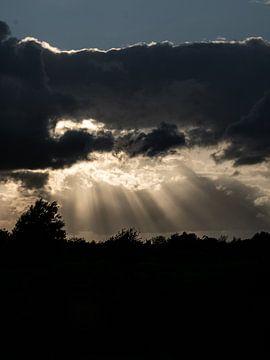 Na regen komt zonneschijn van Larissa Geuke