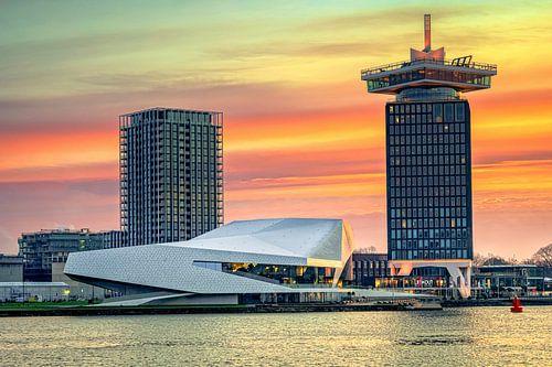 Zonsopkomst boven 't IJ bij Amsterdam