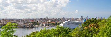 Aankomst cruiseschip Havana van Rob Altena