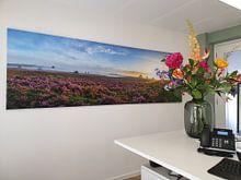 Kundenfoto: Blühende Heidepflanzen in Heide-Landschaft bei Sonnenaufgangspanorama von Sjoerd van der Wal Fotografie, auf leinwand