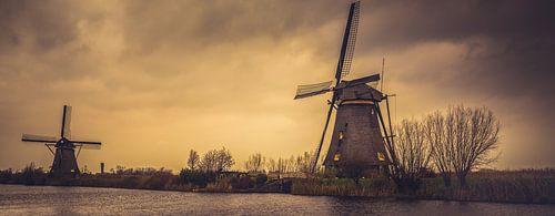 Kinderdijk storm van Joris Pannemans - Loris Photography