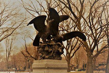 Adler mit Beute Skulptur im Central Park, NYC