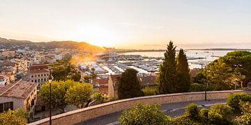 Cannes aan de Côte d'Azur in Frankrijk van Werner Dieterich