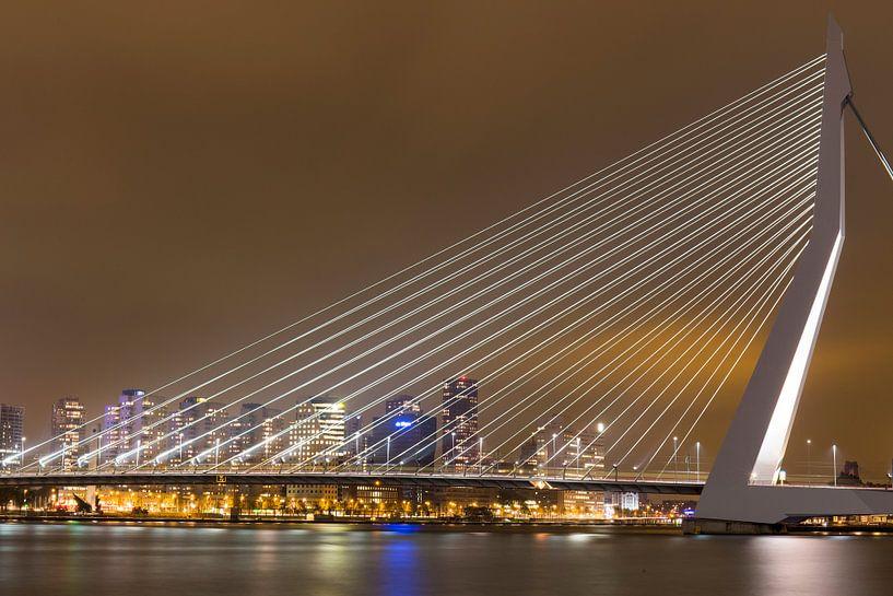 Rotterdam Erasmusbrug @ Night van Jack Tet