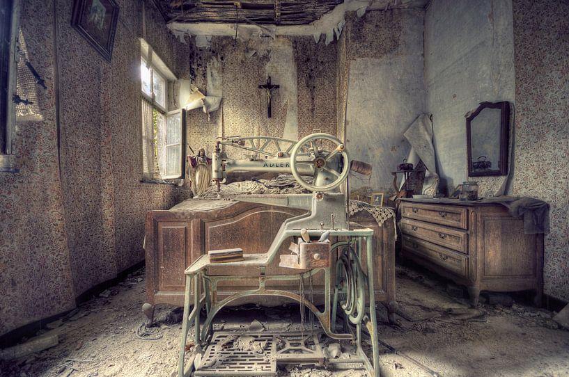 Urbex - Slaapkamer von Angelique Brunas
