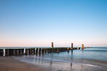 Buhne an der Küste der Ostsee bei Graal Müritz von Rico Ködder