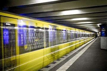 Metro Berlijn 1 van Martijn .