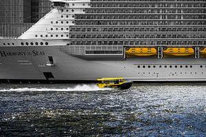 Watertaxi in Rotterdam van Luc de Zeeuw