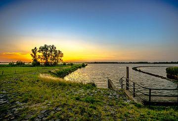Sonnenuntergang im Sommer (Nationalpark de Biesbosch) von Photohut Tim