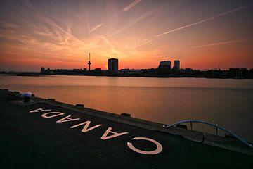 Skyline Rotterdam - Euromast von Fotografie Ploeg