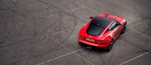 Rode jaguar F type coupe V6 s von Ansho Bijlmakers