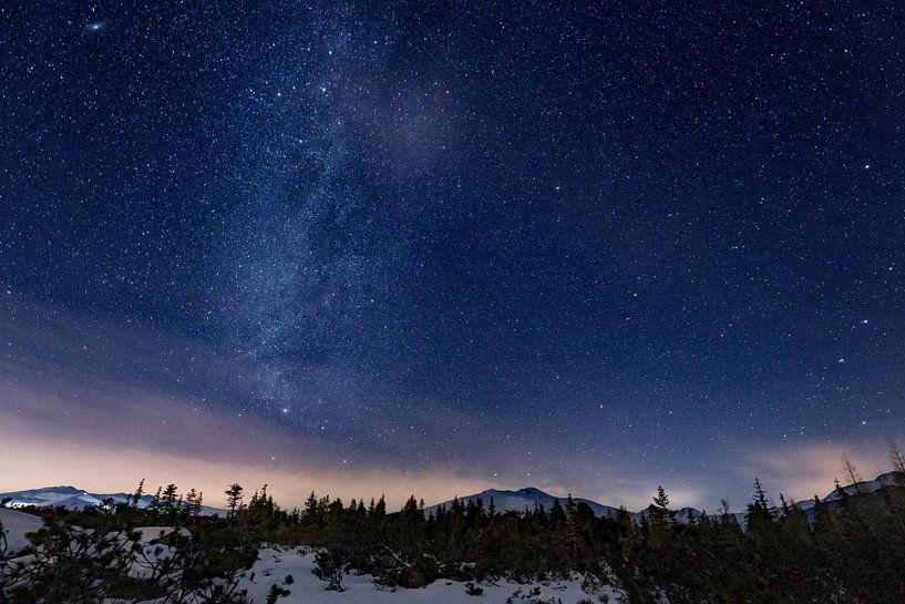 De Melkweg boven de Oostenrijkse Alpen van Jonathan Vandevoorde