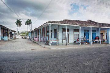 sfeerbeeld van het platteland en straatleven  op cuba van Tjeerd Kruse