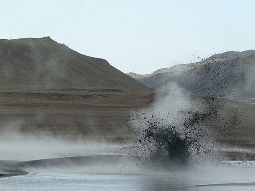 exploding lake van