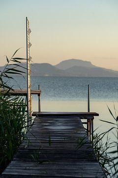 Weg zum Balaton Plattensee in Ungarn. Südseite bei Balatonfenyves abends