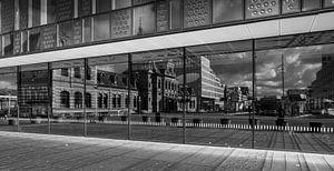 Spiegelung alter Bahnhof Delft von Henk Miedema