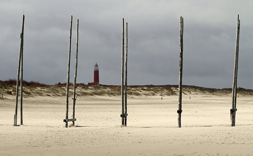 Zicht op de Vuurtoren van Texel. View at the Texel Lighthouse van Justin Sinner Pictures ( Fotograaf op Texel)