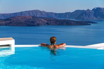 Santorini Infinity Pool II van Erwin Blekkenhorst