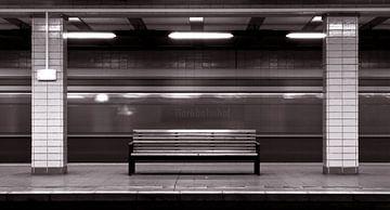 Geisterbahnhof - Nordbahnhof - Berlin van Silva Wischeropp