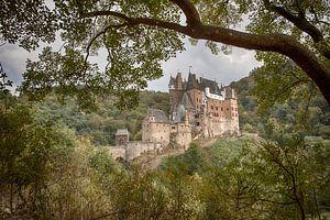 Doorkijkje naar Burcht Eltz von