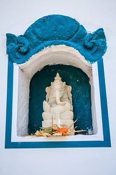 Ganesha beeld ergens in Ubud, Bali. van Jeroen Langeveld, MrLangeveldPhoto