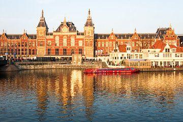 Amsterdam Centraal Station von Michel van Kooten