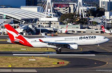 Qantas A330 bei der Landung in Sydney von hugo veldmeijer