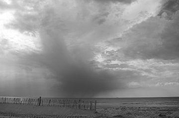 Slecht weer aan zee van Doris van Meggelen