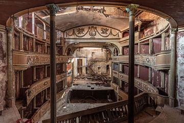 Teatro Balconi von Matthis Rumhipstern