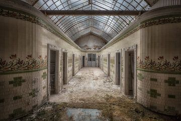 Badhuis verlaten van Kelly van den Brande