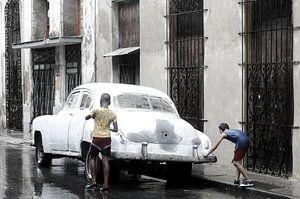 Oldtimer - Havana - in the rain